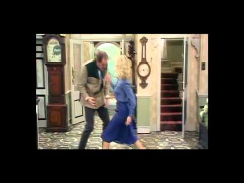 Fawlty Towers : Basil s Best Bits 1