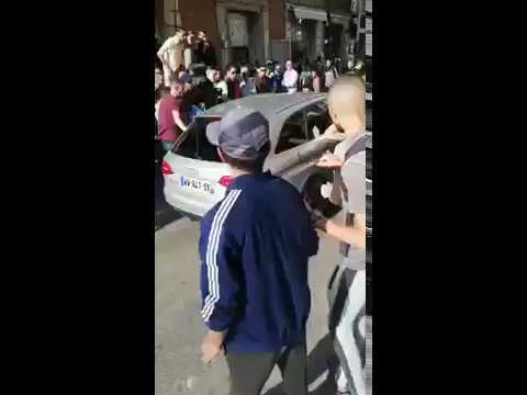 فوضى وهجوم على سيارة في شارع المكسيك بطنجة