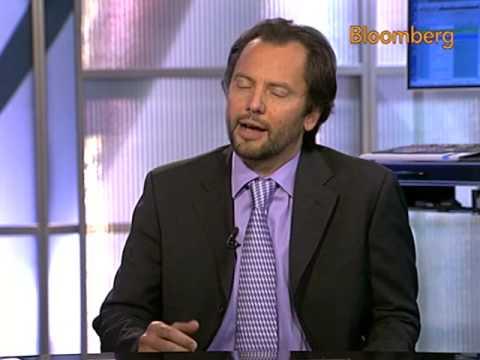 Zingales Says Breakup of Large Banks `Not Unreasonable': Video