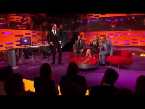 Tom Hiddleston and Benedict Cumberbatch danceoff