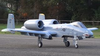 AMAZING, SCALE RC TURBINE MODEL JET WARTHOG A-10 SHOOTING FLARES