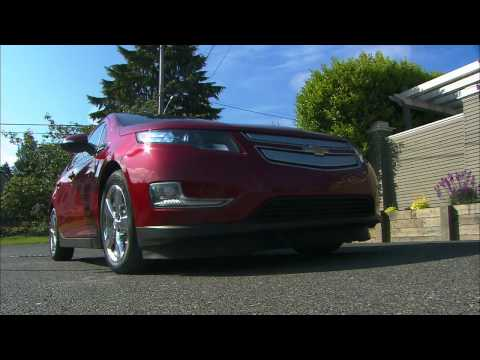 Life With The 2011 Chevrolet Volt HD Video Review
