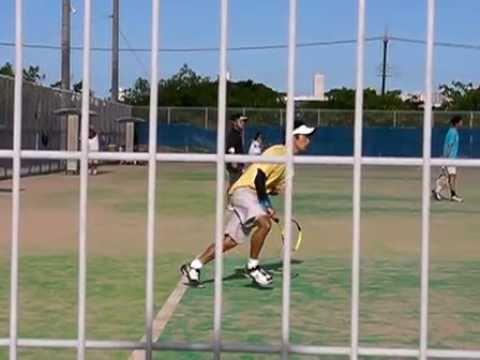 テニスのサーブ 300fps