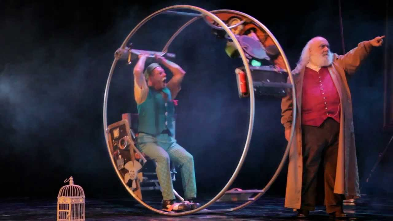 Viaje a la luna en el teatro principal de valencia youtube for Teatro principal valencia