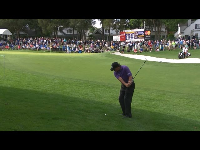 Phil Mickelson hits a fabulous wedge shot at Wells Fargo
