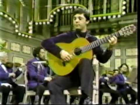 Rare Guitar Video: Angel Romeros plays Vivaldi RV93 3rd Movement