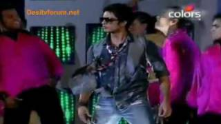 Download video Shahid Kapoor's performance at Videocon Awards 2010