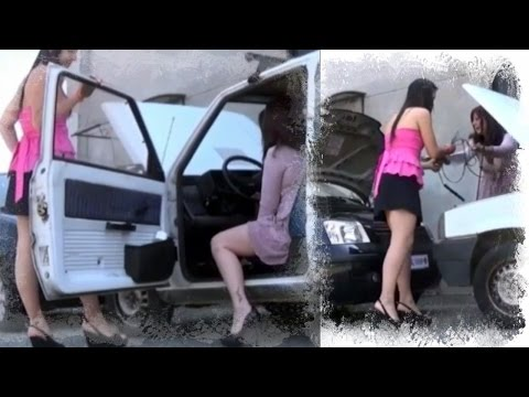 Miss Iris & Miss Vicky crank an old Fiat Panda  - Trailer Pedal Pumping