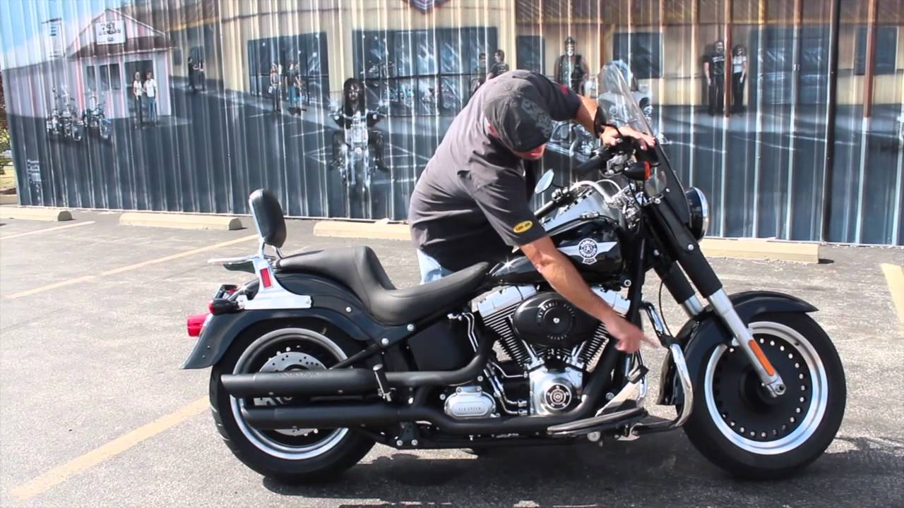 Pre-Owned 2010 Harley-Davidson Fat Boy Lo - YouTube: http://www.youtube.com/watch?v=UpfsLrmKtwc