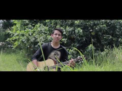 putih-putih Melati - St12 (acoustic Cover By Sufie Rashid) video