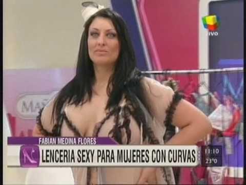 MARIANA PETRACCA - LENCERIA EROTICA XL - DESFILE DE PRIMAVERA - MAÑANERAS AMERICA TV