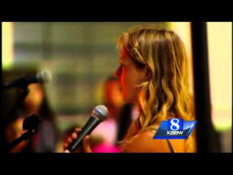 UCSC Students Remember Victims of Deadly Isla Vista Rampage