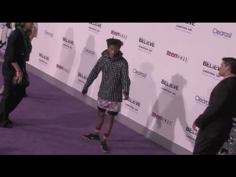 Is Jaden Smith Wearing a Skirt to a Movie Premiere?