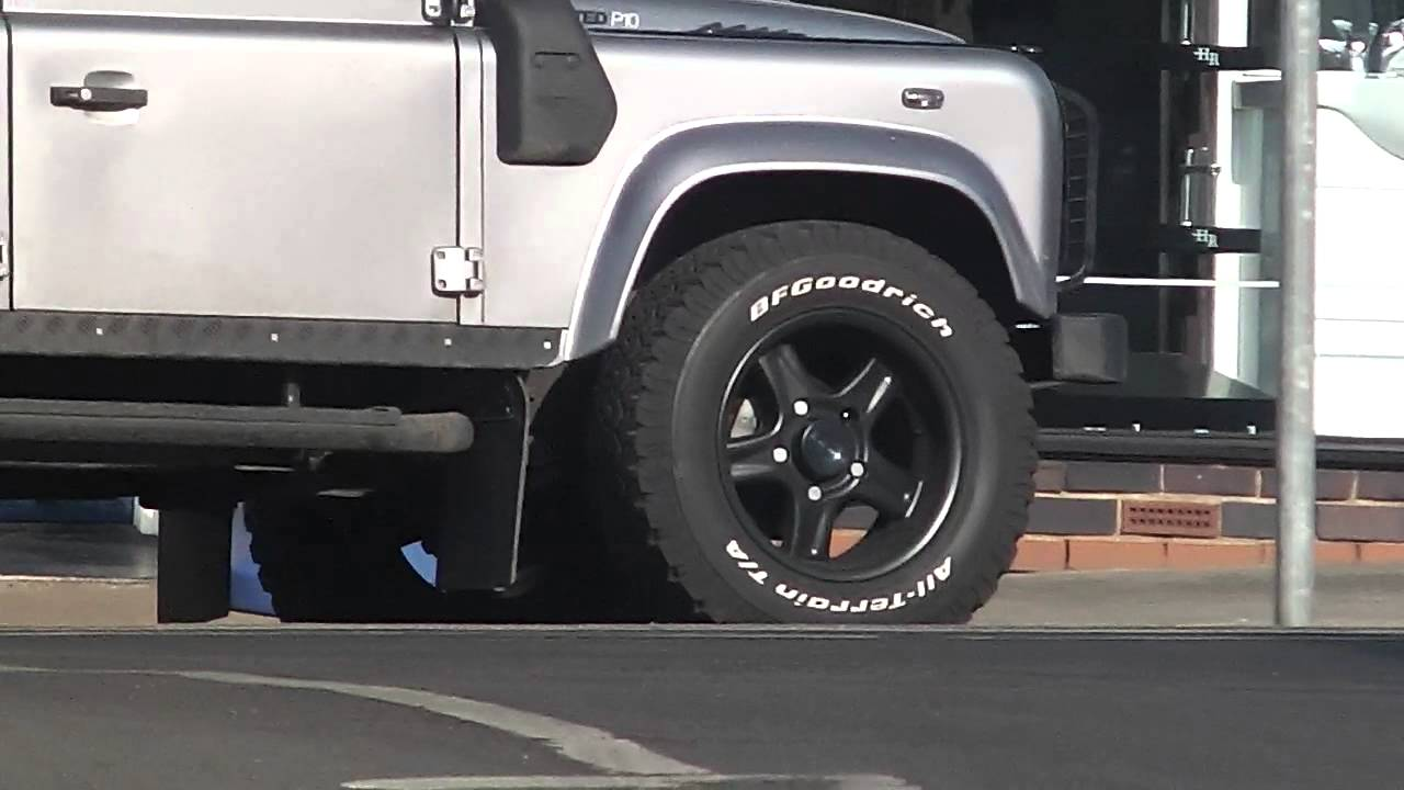Land Rover Defender 110 Wheelbase Snorkel And Black Alloy