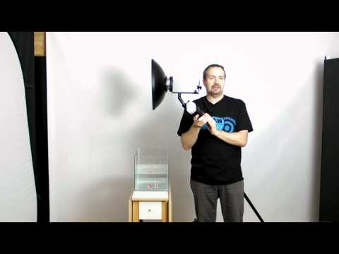 Water photography tutorial using Bowens fit strobe off camera flash bracket