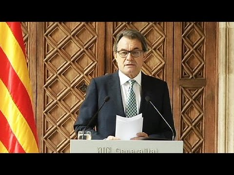 Spain: Catalonia drops 'illegal' independence referendum but plans 'citizens' consultation'
