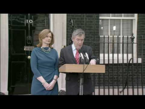 Gordon Brown resigns as UK prime minister
