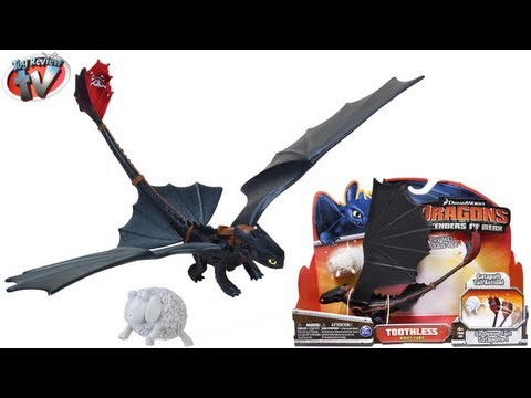 Dragons Defenders Of Berk Toothless Deluxe Action Dragon Toy Review. Spin Master