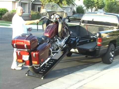 Rampage power Lift Motorcycle loader Great for any motorcycle in and out of your pick up truck