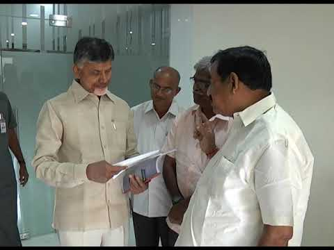 ANDHRA MOTOR MERCHANT ASSOCIATION PRESENTED RS 5 LAKHS CHEQUE TO AP CM AT RESIDENCE ON 17092018