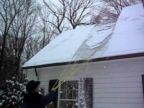 Easiest Way To Remove Roof Snow Youtube