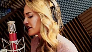 Download Lagu The Middle - Zedd, Maren Morris, Grey (Sara Leone Cover) Gratis STAFABAND