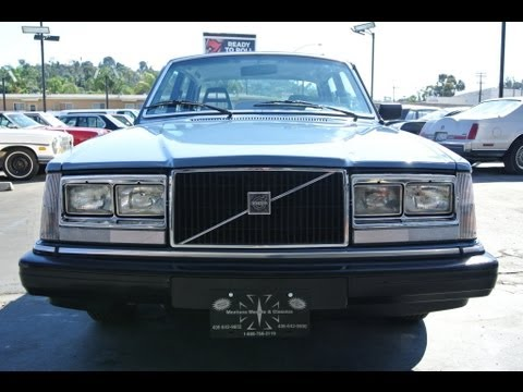 1983 Volvo 240 1 Owner Youngtimer DL GL 123k Orig Mi 240DL Classic Brick Video Review