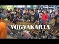 Inilah Lagu Paling Populer di Kalangan Pengamen Jalanan & Musisi Yogyakarta (Angklung Malioboro)