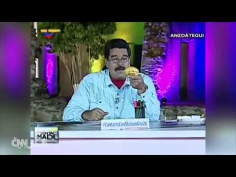 امرأة ترمي الرئيس الفنزويلي بثمرة منغا فيهديها منزلا   26-4-2015