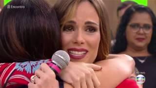 Fátima Bernardes homenageia Ana Furtado no Encontro