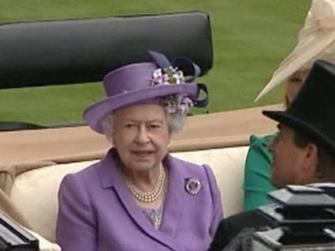 Queen Elizabeth II makes history at Royal Ascot races