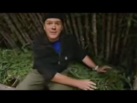 Building a Shelter - Ray Mears Extreme Survival - BBC
