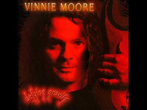 Vinnie Moore - Defying Gravity