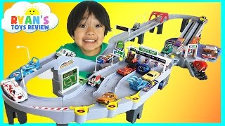 Tomica Toll Gate ETC Drive with Disney Cars and Hot Wheels Toys