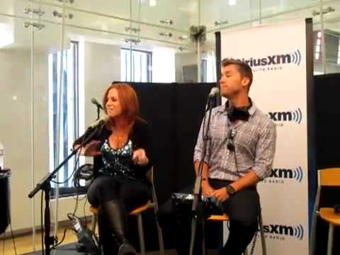 Jenny Hutt and Lance Bass Sing Summer Nights on Seth Speaks (Seth Rudetsky) on Siriusxm