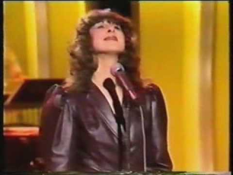 Elkie Brooks - Fool If You Think Its Over