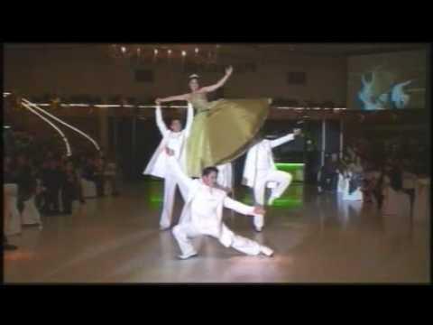 Baile de 15 a os de arisha youtube for Ornamentacion de 15 anos
