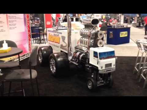 SEMA 2014: See the Whole Main Floor in 2 Minutes