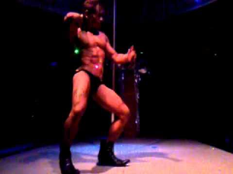 aljur with sexy dance in zeus bar cebu