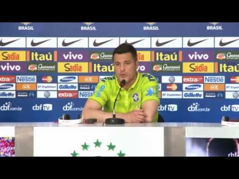 Keeper Julio Cesar: