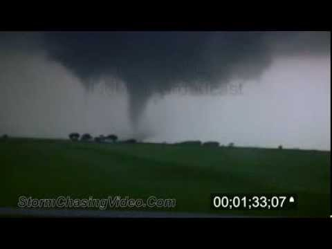4/14/2012 Cherokee, OK Tornado Footage Stock Video
