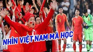 Vì Việt Nam, đội bóng láng giềng nhận chỉ trích dữ dội từ CĐV nhà