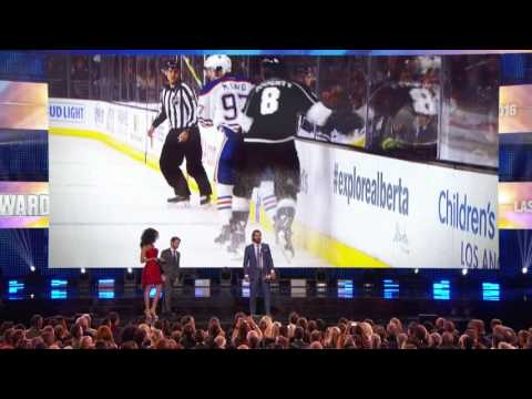 Doughty beats Karlsson & Burns to take home first Norris trophy
