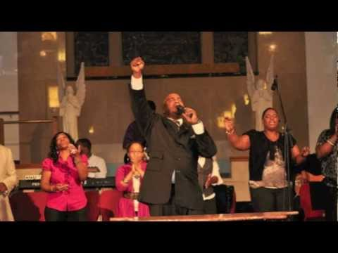 Pastor Jason Nelson Singing A Grace Medley video