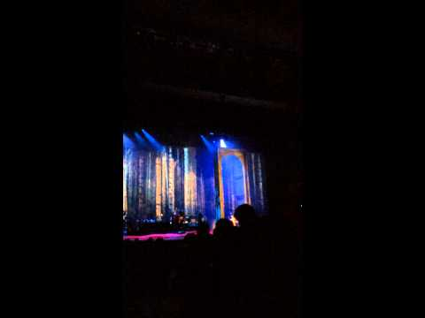 Kate Bush Live Hammersmith Apollo 12.09.14