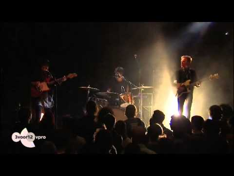 Unknown Mortal Orchestra - No need for a leader (Live @ Paradiso 2012)