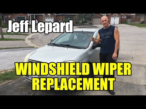 Windshield Wiper Replacement - 2004 Toyota Corolla