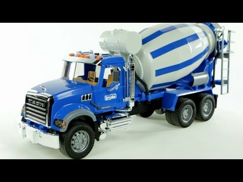 MACK Granite Cement Mixer (Bruder 02814) - Muffin Songs' Toy Review