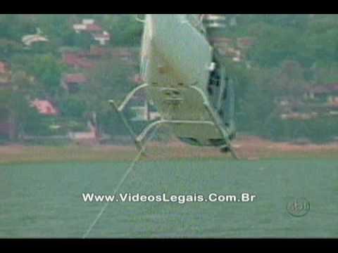 Acidente com helicóptero: Piloto idiota queria rebocar barco!