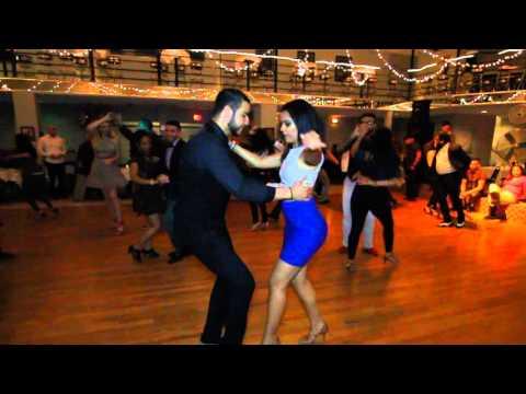 Eddie Alba y Gabriela Caminos - Salsa
